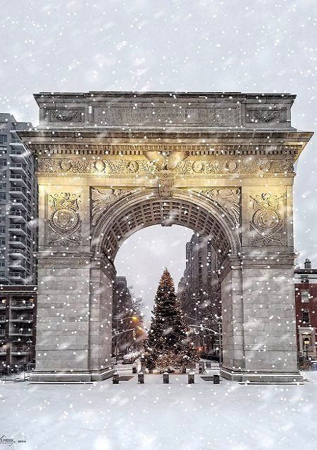 Washington Square Arch in New York City, United States | by d_fordesign