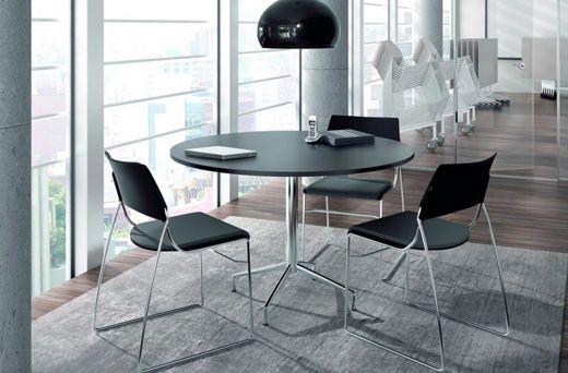 ¡Buenos días! Hoy en nuestro blog te contamos la historia de las mesas redondas.