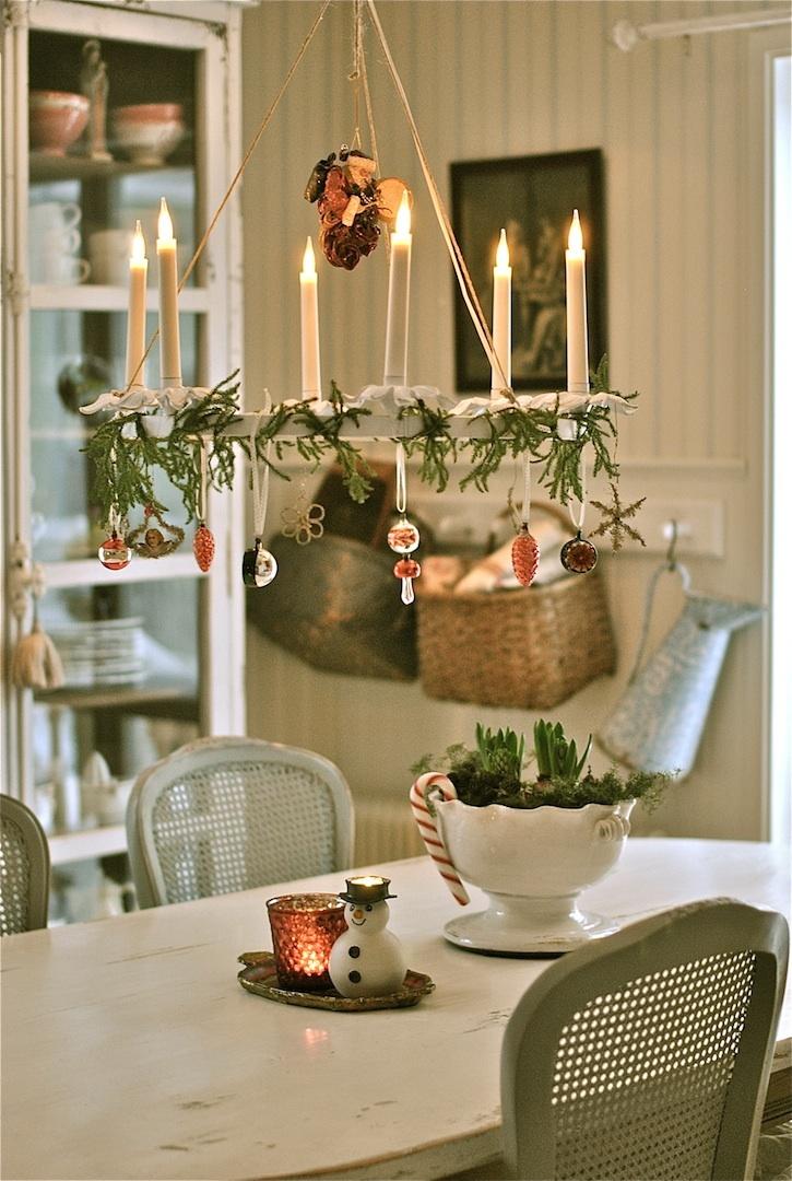 Scandinavian Christmas decor by Sagolika sinnen