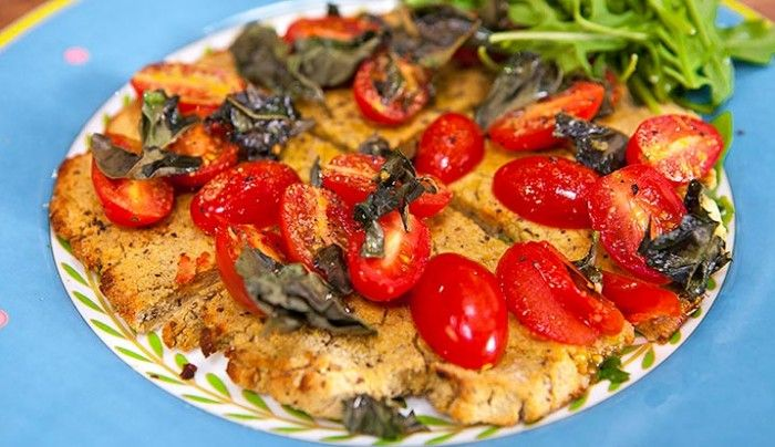 Cauliflower Pizza Base with Tomato, Basil and Olive Oil (vegetarian, gluten and dairy free)   Good Chef Bad Chef