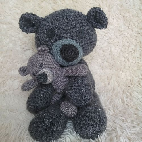 """This pattern is soo """"beary"""" cute! If you can crochet a basic circle, you can make this bear. So fun and easy, you will be making it in different sizes and colours! To make the bear in a different size, just change the hook size and yarn. In this pattern, to make the bigger bear, a 5mm hook and worsted weight yarn was used. To make the small bear, a 3mm hook and fingering weight yarn was used."""