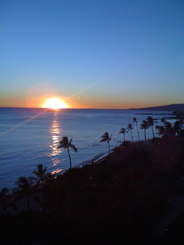This looks just like our view from Roy's in Hawaii Kai, Oahu, Hawaii