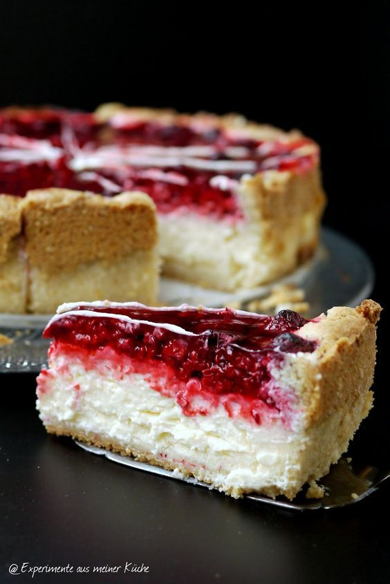 Pudding sour cream cake with raspberries!
