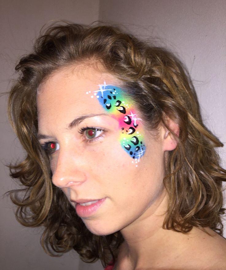 Facepaint cheeta rainbow