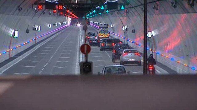 tunnel de la croix-rousse | RA Le tunnel de la Croix-Rousse enfin accessible après 10 mois de ...