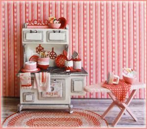 SWEETIE PIE - HOLIDAY VIGNETTE PART DEUX...this kit coordinates with our original holiday vignette kit. INCLUDES: the stove, the ironing board, the iron, canis