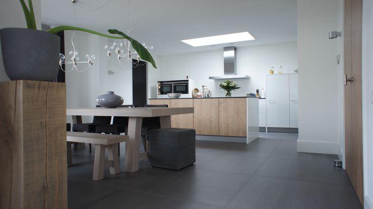 Tegelvloer betonlook antraciet 100 x 100 cm keuken