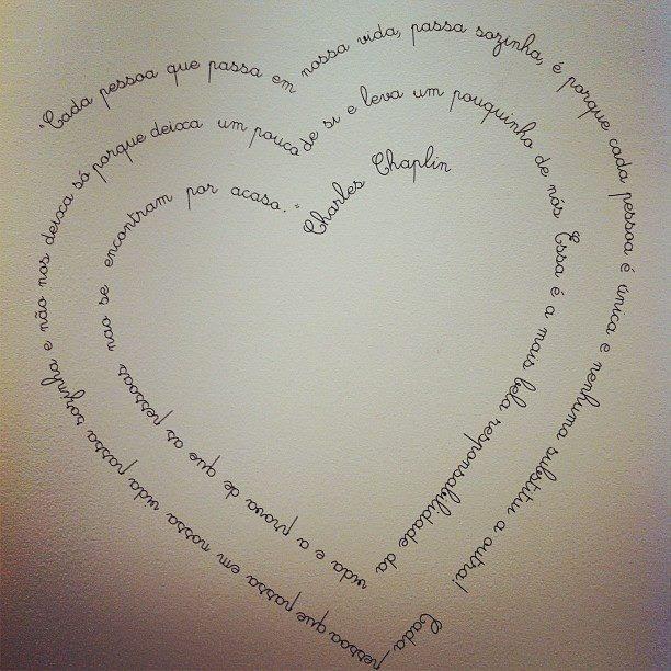 uma frase sobre amizade em forma de coração