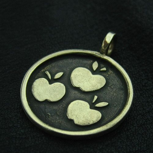 Bronze Applejack pendant from The Sunken City by DaWanda.com