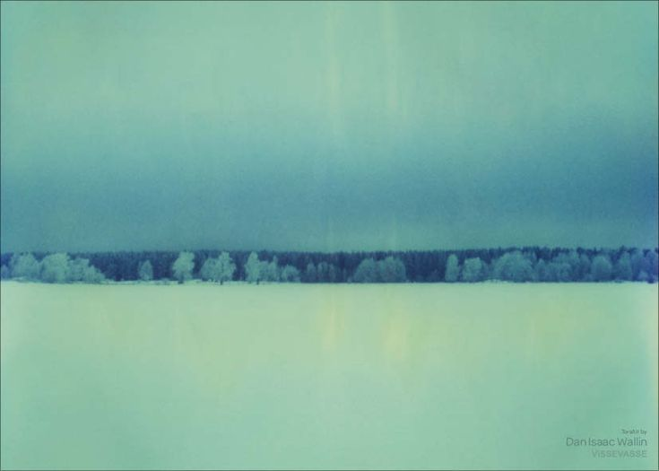 Nydelig fotokunst av Dan Isaac Wallin. Bildet er tatt med polaroidfilm som har gått ut på dato, så vel som ute av
