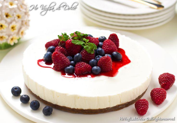 Cheesecake ai frutti di bosco senza cottura, ricetta | Ho Voglia di Dolce