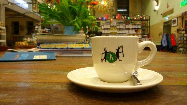 Wachtend op een spannende situatie #koffiemetdecop