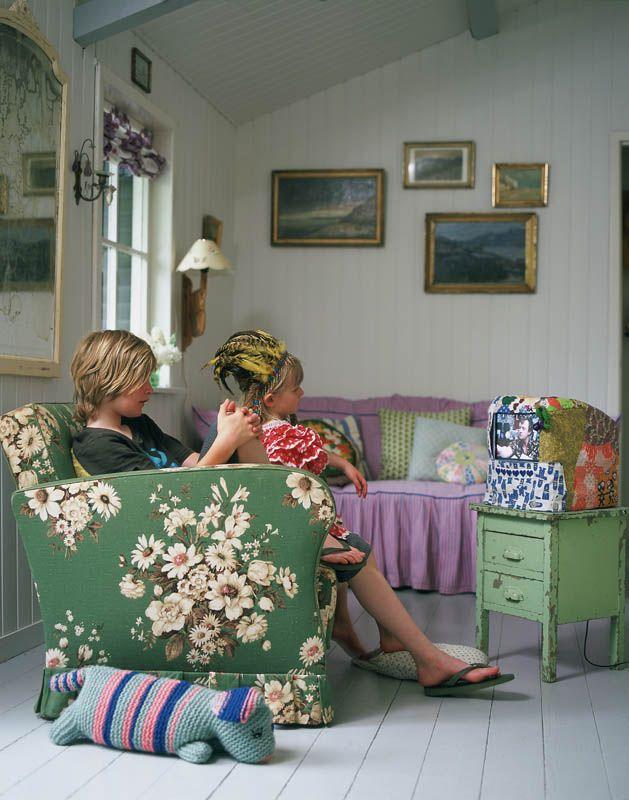 Meuble Tv Grange : 1000 Idées Sur Le Thème Cacher La Télévision Sur Pinterest