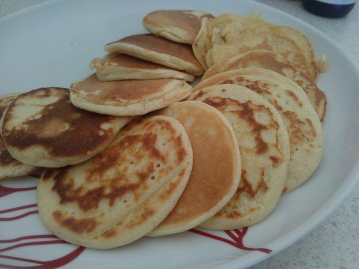 Paleo pikelets/ paleo pancakes (grain free, sugar free, gluten free)