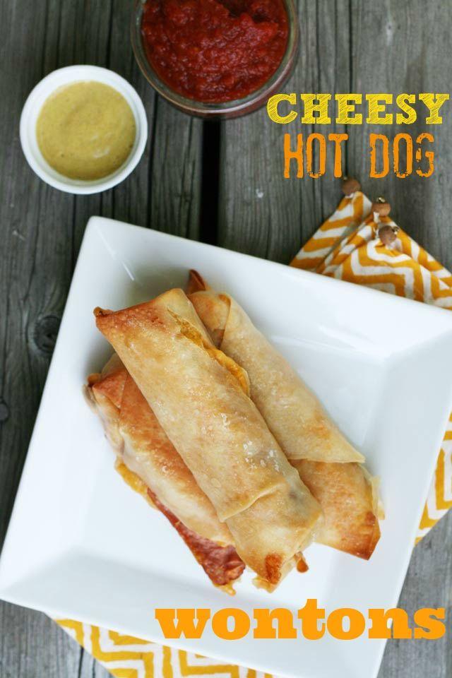 Cheesy hotdog wontons recipe, from Cheap Recipe Blog. Please repin!