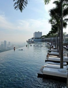 Infinity pool in Marina Bay Sands Skypark, Singapore