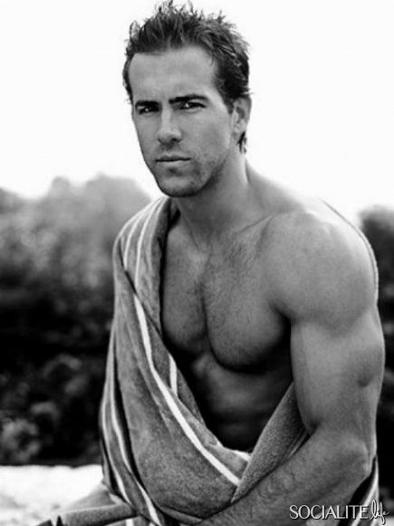 OOH don't hurt me, Ryan Reynolds!
