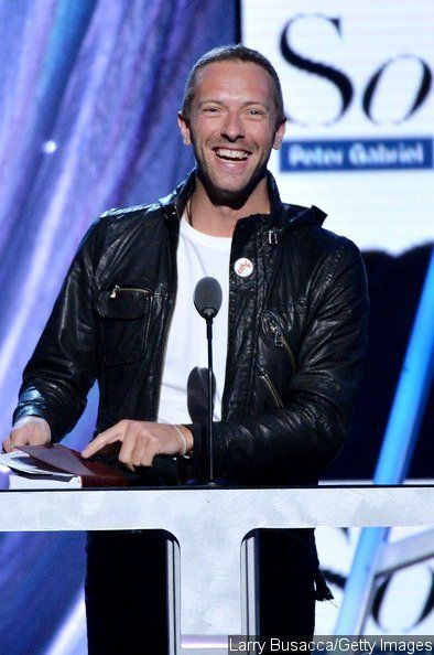 chris martin rock and roll hall of fame | Chris Martin Spotted Without Wedding Ring at Rock and Roll Hall of ...