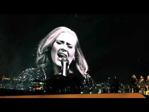Adele live in Berlin: Dein Kumpel, die Diva   traveLink.