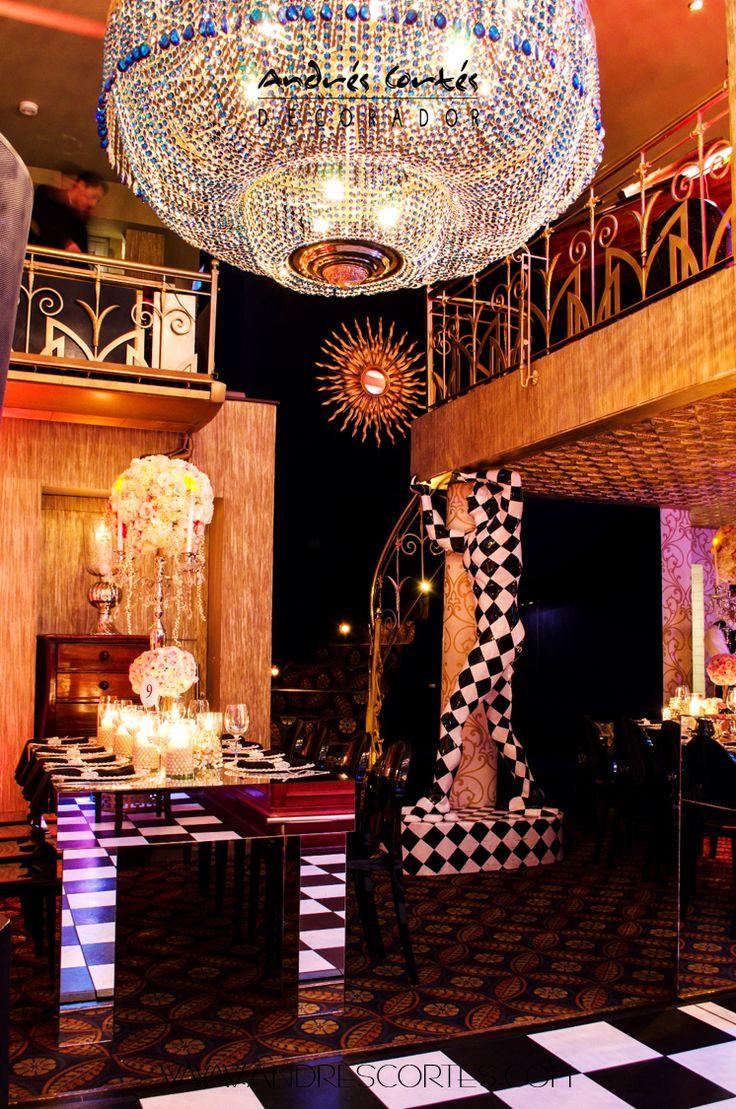 #andrescortes #WeddingIdeas #ThematicWeddings #Chandelieres  #Bodas #Bodastematicas