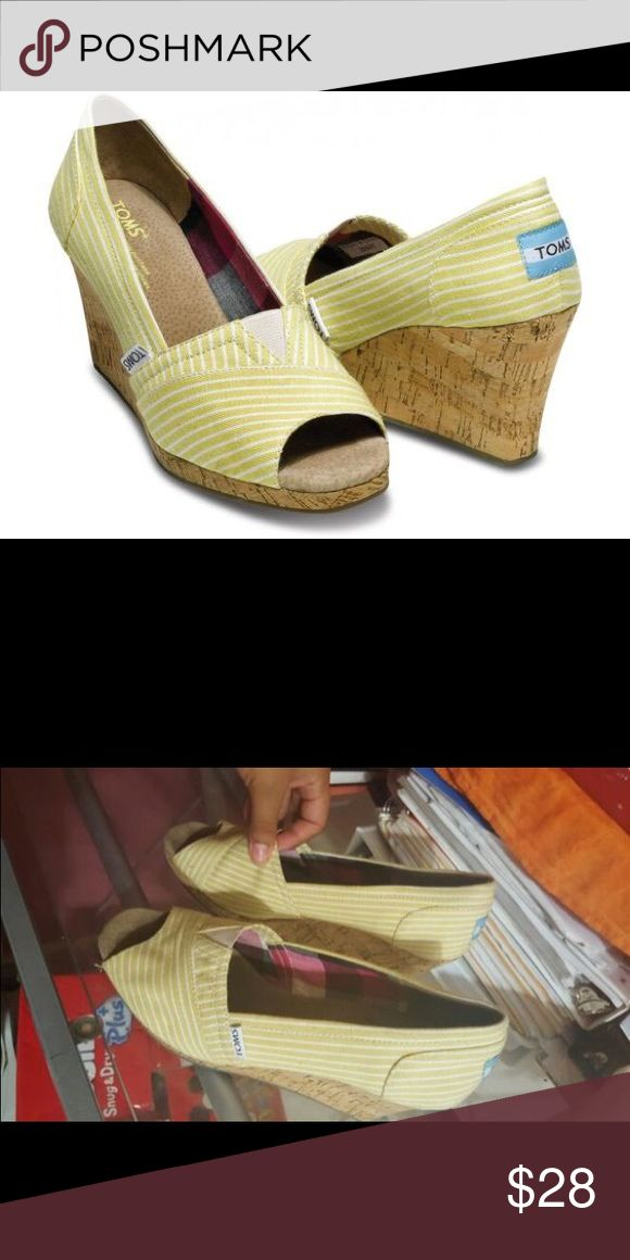 ✨BOGO 50% OFF  Toms Nautical Wedges Few flaws but in great condition TOMS Shoes