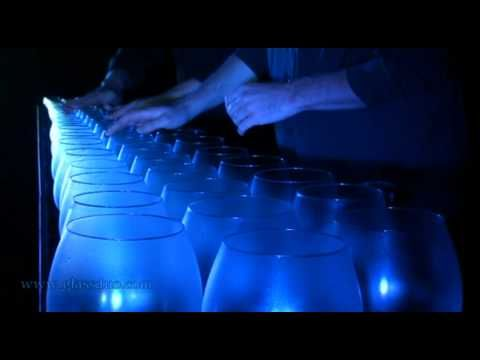 Bach - Toccata and Fugue in D played on glasses