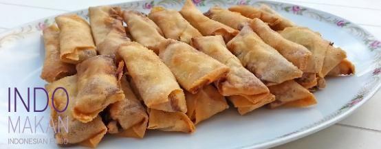Pangsit Pedis - Very spicy fried snack