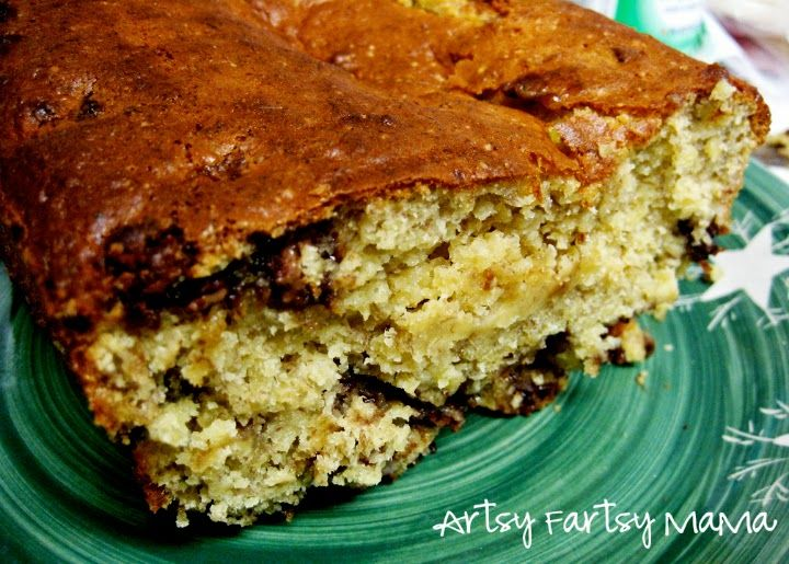 Easy 3 Ingredient Banana Bread at artsyfartsymama.com #easyrecipe #banana #bread
