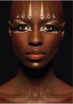 Maquillage Artistique, Maquillage De Scène, Maquillage Futuriste, Maquillage  Tribal Africain, Maquillage Haute Couture, Effet Photo, Egyptien, Idées  Tableau