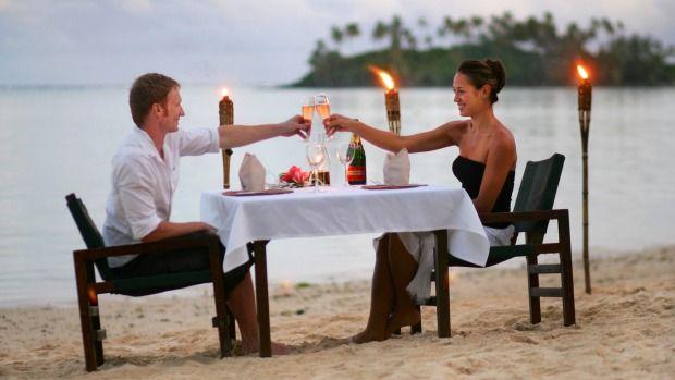 Dining alfresco at Sandals restaurant, Pacific Resort.