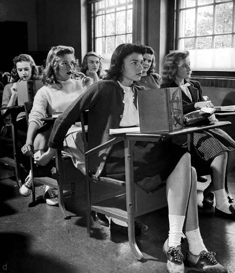 High School Students, 1944: A moment in time, forever young! Note by Roger Carrier.