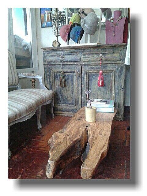 En Juan Cosas Viejas La Barra tenemos muebles con