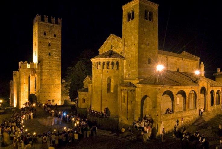 La piazza durante Rivivi il Medioevo -  The square during Rivivi il Medioevo
