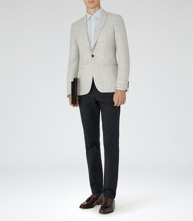 Elliot Grey Hopsack Weave Blazer - REISS : The elliot hopsack weave blazer in grey plays its part in our iconic blazers collection and is available to buy online at REISS.
