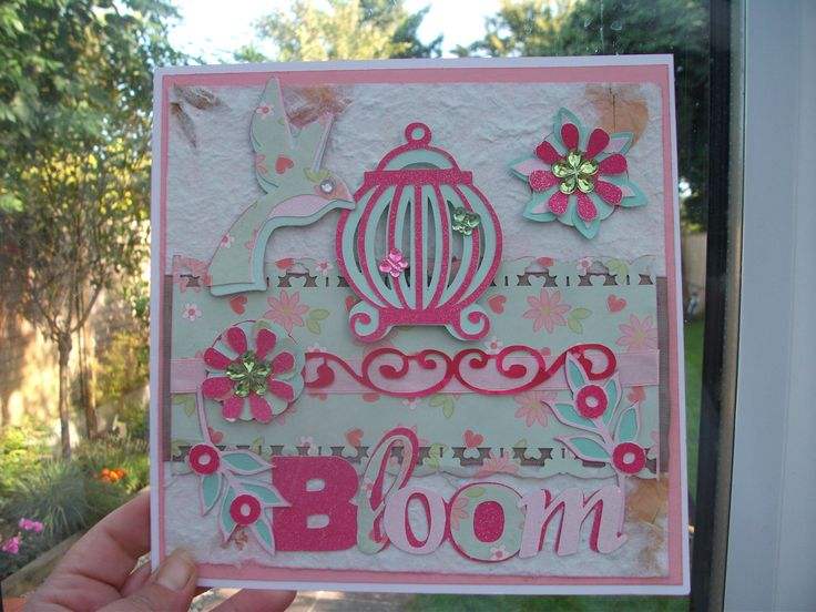 Made using my cricut expression 2 ,, using th4 bloom cartridge .