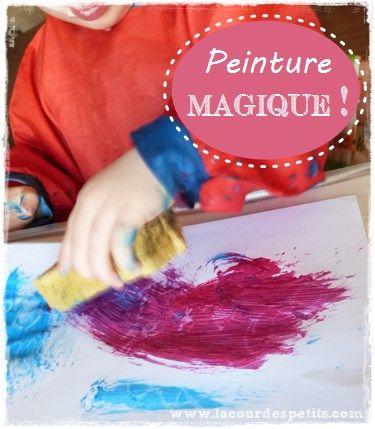 Peindre avec bébé : la peinture magique. Une technique très simple qui permet aux enfants les plus jeunes de s'amuser à faire apparaître un dessin en recouvrant leur feuille de peinture. http://www.lacourdespetits.com/peindre-bebe-peinture-magique/ #peinture #bebe #magicpainting