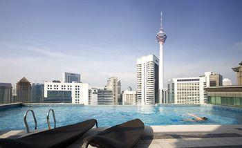 Menginap di Fraser Place Kuala Lumpur, kamu akan merasakan hunian nyaman layaknya rumah sendiri. Kamar luas dan modern ataupun Penthouse siap memenuhi kebutuhan bermalam kamu. Tiap kamar memiliki tempat tidur, ruang tamu, ruang makan, serta dapur yang tergabung di satu ruangan. Fasilitas lengkap mulai dari TV LCD, pemutar DVD, juga iPod dock juga tersedia di tiap kamar. Lengkap banget! Book hotelnya…
