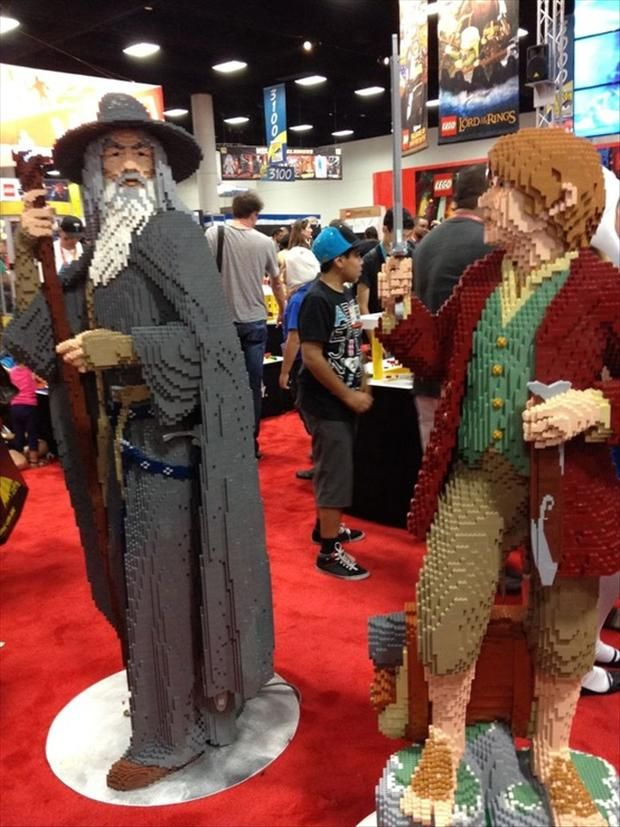 Love these life size LOTR Lego Creations