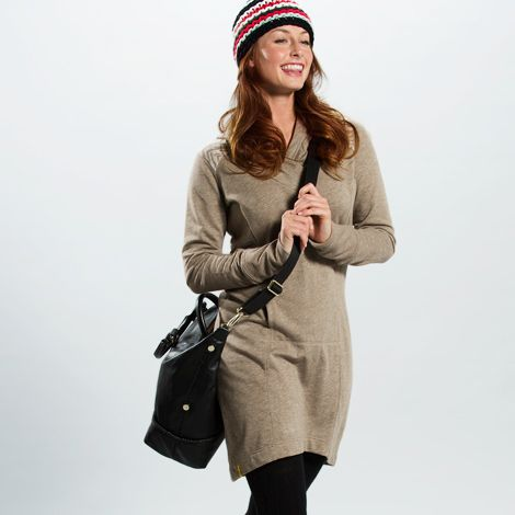 I LOVE the Easy Dress from LOLE Women! It's soft, keeps it shape, and makes me feel womanly while being comfy! #loleglow