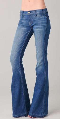 Flare jeans makin' a comeback // Elizabeth & James