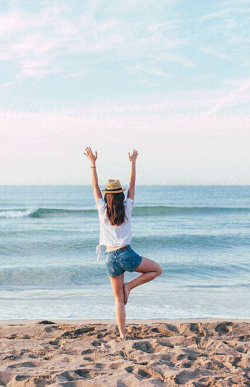 Wekelijks reizen twee presentatoren voor je af naar het onontdekte, nieuwe of juist bekende adressen in Nederland en zoeken daar de mooiste producten en behandelingen voor je uit. Ook nemen ze je mee voor een hippe, maar biologische lunch, een detox en yoga- vakantie of een 'modder-weekend' op Ibiza. Waarom? Zodat jij weet waar jij de beste producten en behandelingen kunt krijgen om je van binnen en van buiten mooi, gezond en fit te voelen.