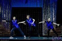 Детские джинсы танцевальная музыка электро