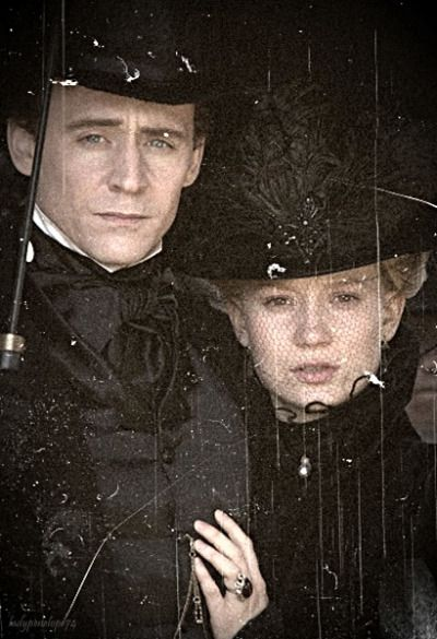 Thomas & Edith. Source: http://crimsonpeakmovie.tumblr.com/post/131833262968