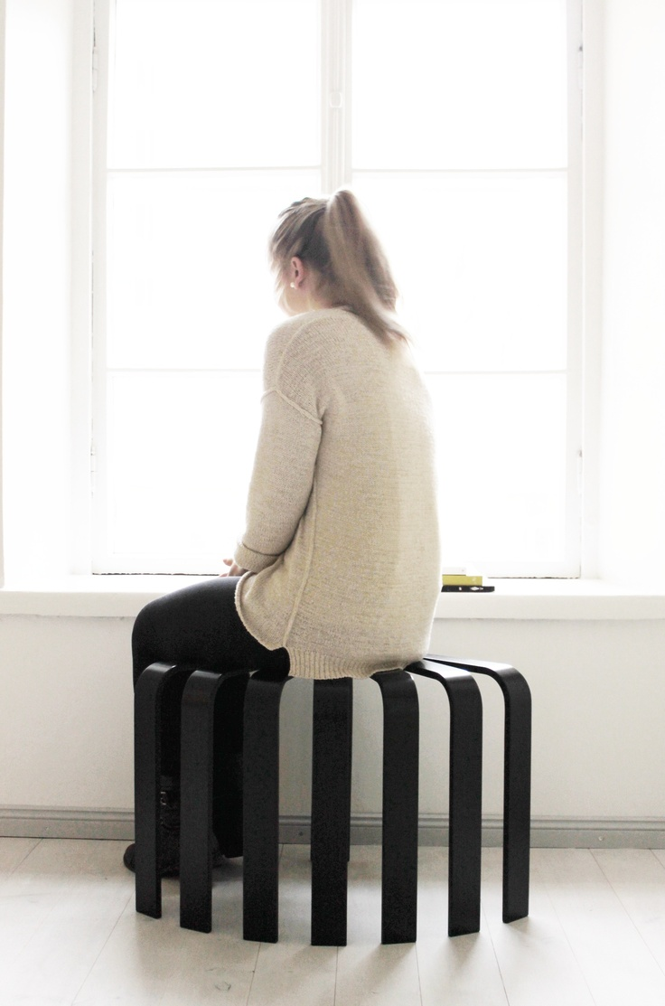 Fan stool black. © BEdesign