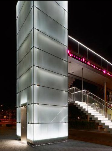 16 best images about glass elevators on pinterest for Iluminacion exterior