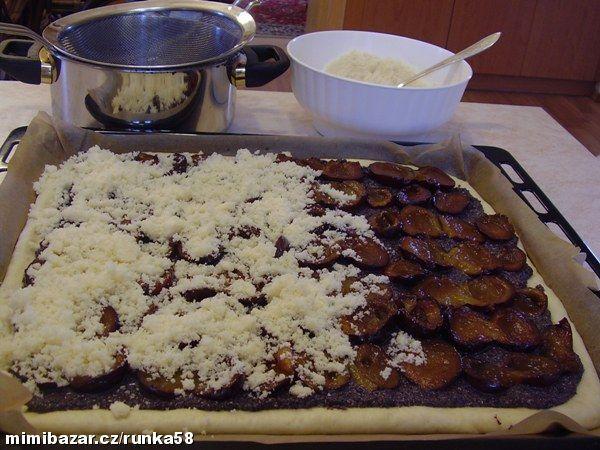 Výborné těsto na kynuté koláče 500g polohrubá mouka ,75 g cukru krupice ,75 g…