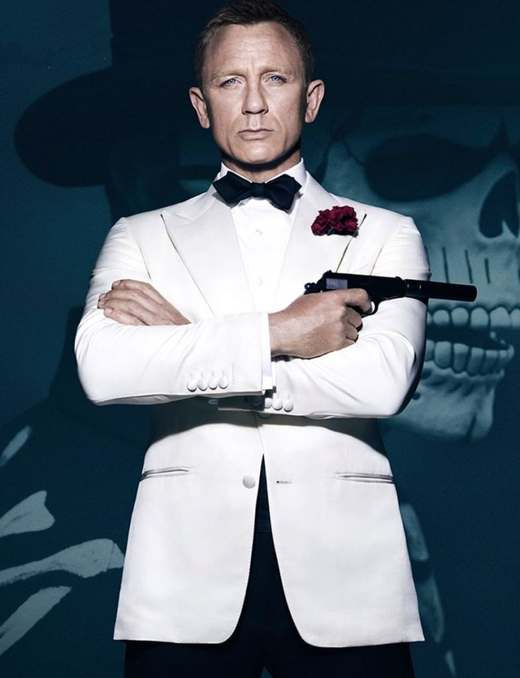 Daniel Craig James Bond White Tuxedo