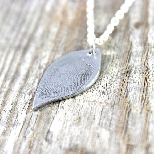 Fingerprint Jewellery Personalised Leaf Pendant | GiftWrappedandGorgeous.co.uk A pretty pure silver leaf pendant holding the real fingerprint of your loved one. £70.00
