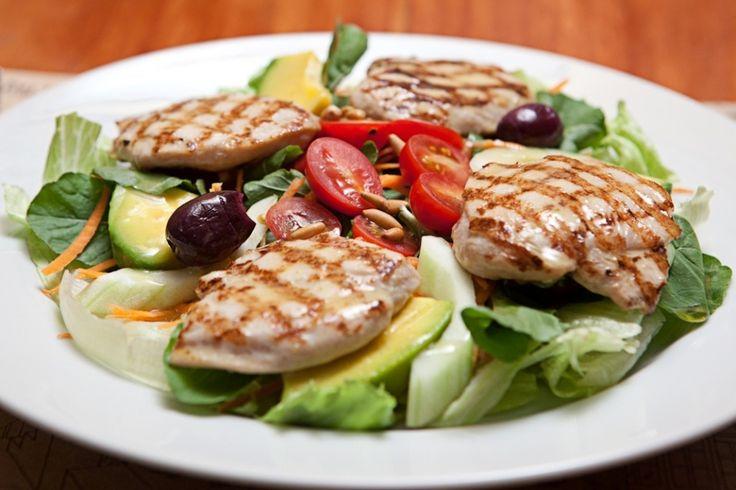 Veja receitas para deixar o frango de todo dia com sabor e cara de festa - Fotos - UOL Comidas e Bebidas