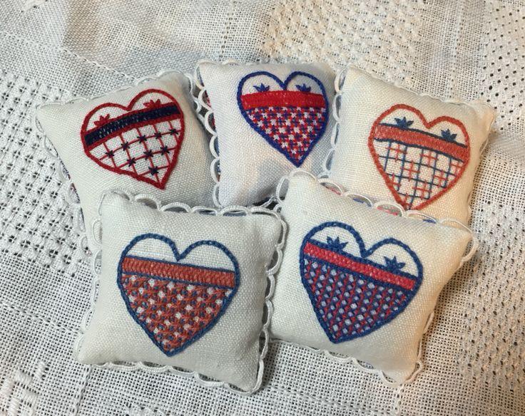 First Hallandssöm embroidery